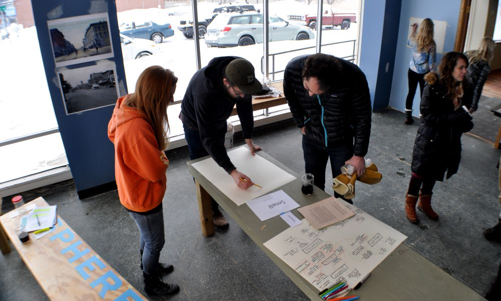 Mapping in the studio at the start of the Walkshop